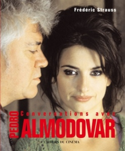 livre_conversations_avec_pedro_almodovar_portrait_w532